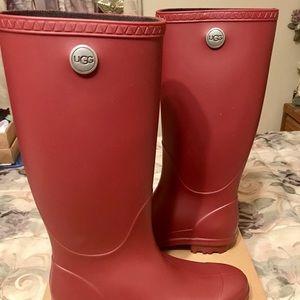 UGG Shelby Garnet matte rain boot-New-never worn